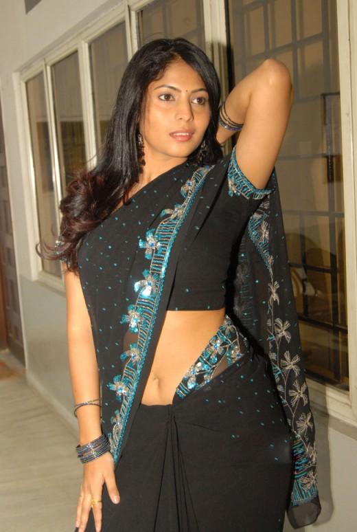 Actress Saira Bhanu Black Saree Below Navel Show Photos