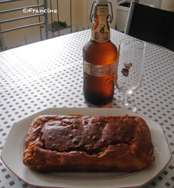 cake sal aux lardons carottes et fromage. Black Bedroom Furniture Sets. Home Design Ideas