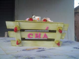 caixa de chá decorada com biscuit