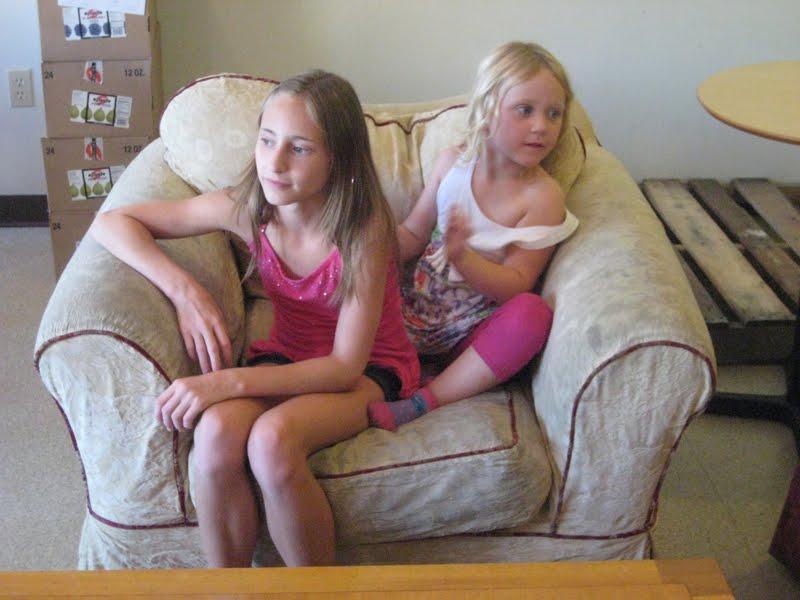 Ella, Cate and Carter: Amber and Ella
