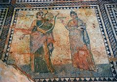 Ένα από τα περίφημα ψηφιδωτά της έπαυλης του Ηρώδη Αττικού στην Εύα Κυνουρίας.