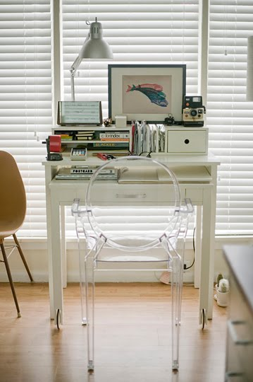 Down and out chic interiors small space solutions - Desk solutions for small spaces gallery ...