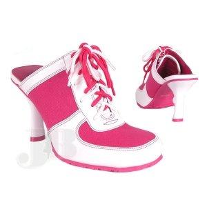 [pink+sneakers+8jpg]