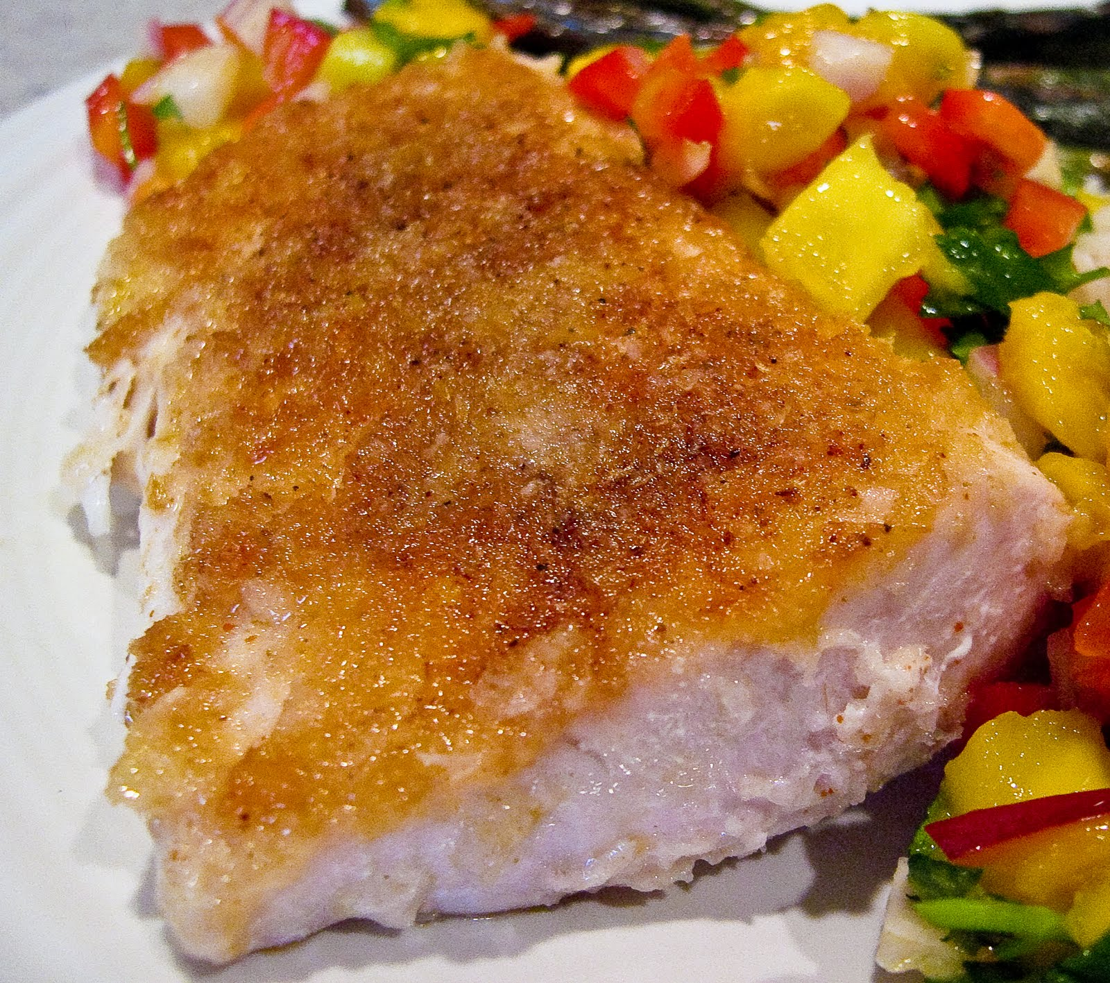 Seared Panko Crusted Mahi Mahi with Mango Salsa | The Spiced Life