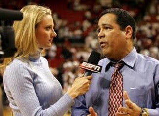 Stacey Dales Is Hot http://awfulannouncing.blogspot.com/2008/12/stacey-dales-leaving-espn.html