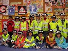 VAMOS DE POLICÍAS