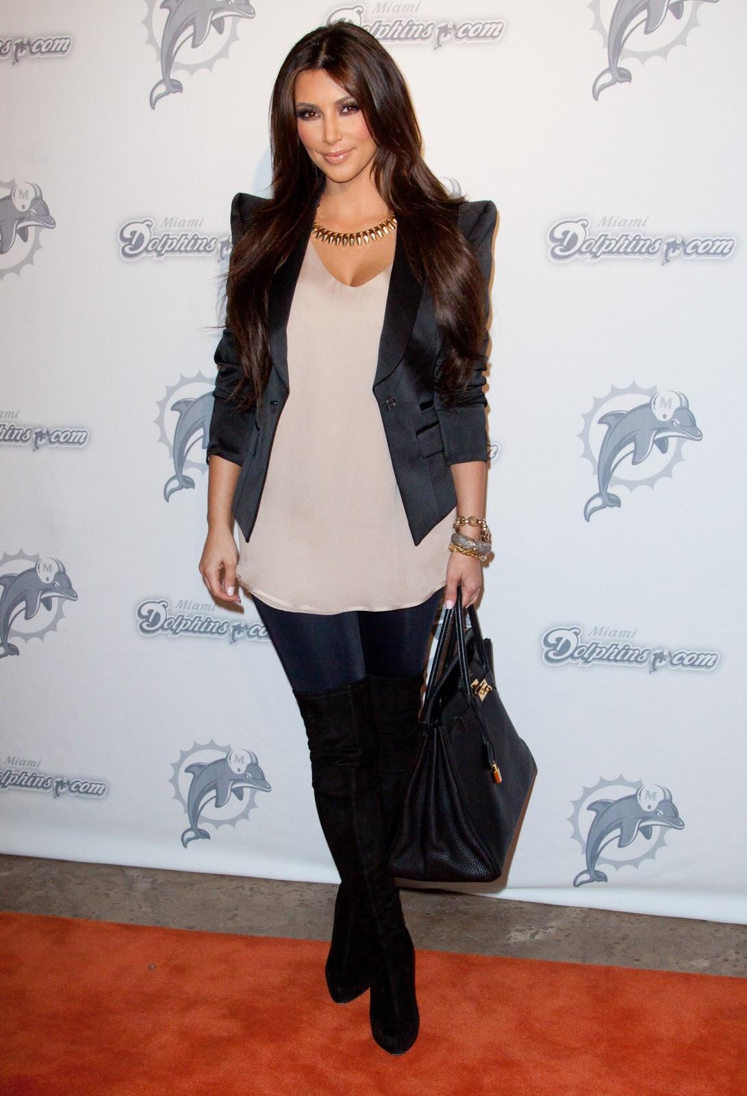 http://4.bp.blogspot.com/_1PLSuRNI8WU/TO0g_BvVaJI/AAAAAAAANHw/HrkYLBFs6hc/s1600/Kim+Kardashian+%252863%2529.jpg
