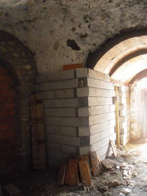 Casas cueva cortijo complejo la tala como se construye - Como se construye una casa ...