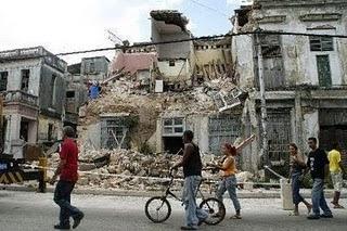 ¿Castristas y anticastristas en este foro saben de lo que hablan? La+Habana+en+ruinas