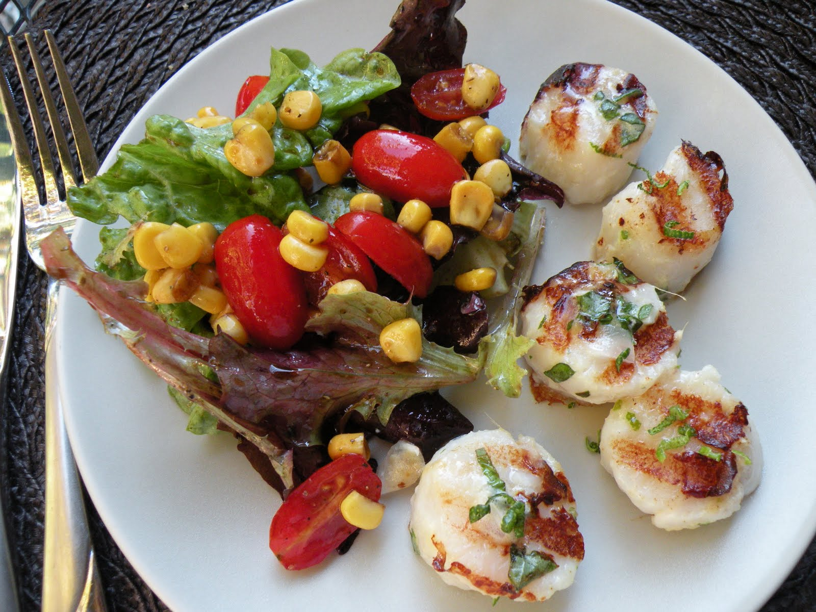 So Delicious!: Grilled Lime-Ginger Marinated Scallops