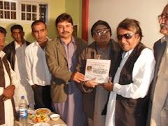 Zia Shah Arisar Sattar Zangejo presdent Award to Khaki Joyo