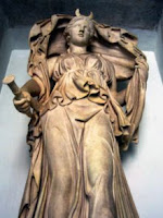 Roman statue of Luna, by antmoose@flickr.com - released under Creative Commons Attribution 2.0 Generic licence