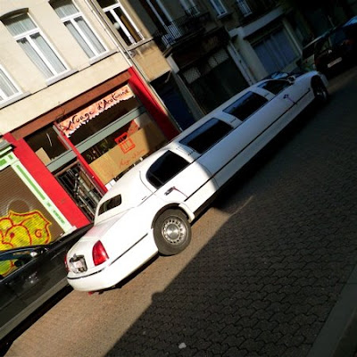 drôle d'endroit pour une limousine