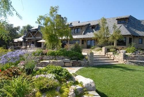 Jet luxury resorts malibu winery luxury resort rentals for Malibu house rentals for weddings