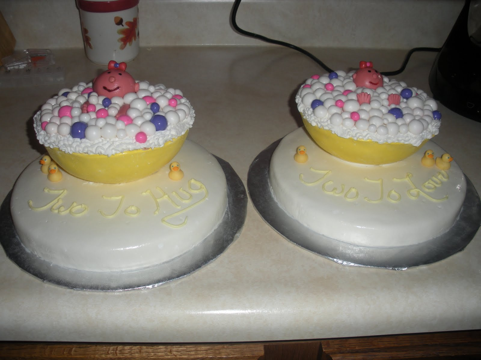 ... much fun making these cakes for a baby shower, twin girls