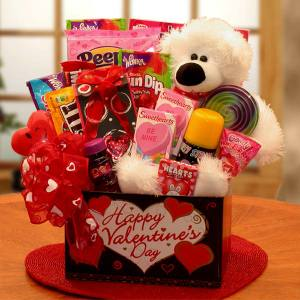 Right now Bea's Gift Baskets and Gifts is offering FREE SHIPPING on ...