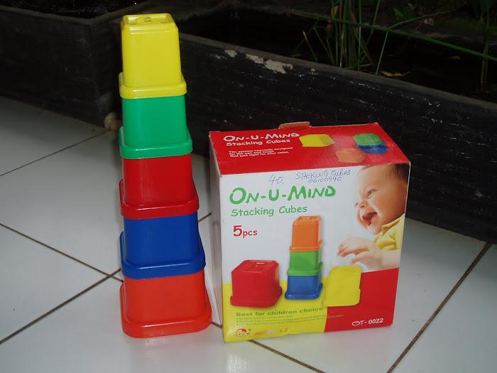 mainan edukatif dari plastik cocok  untuk anak usia 6 bulan - 3 tahun