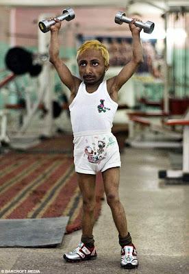 นักกล้าม ตัว เล็กที่สุดในโลก