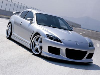 http://4.bp.blogspot.com/_1ZPmqwCsRbc/TOq0-2PZd9I/AAAAAAAAAAg/vSfGJvyOHFc/s1600/Mazda-RX-8-Sport-Car.jpg