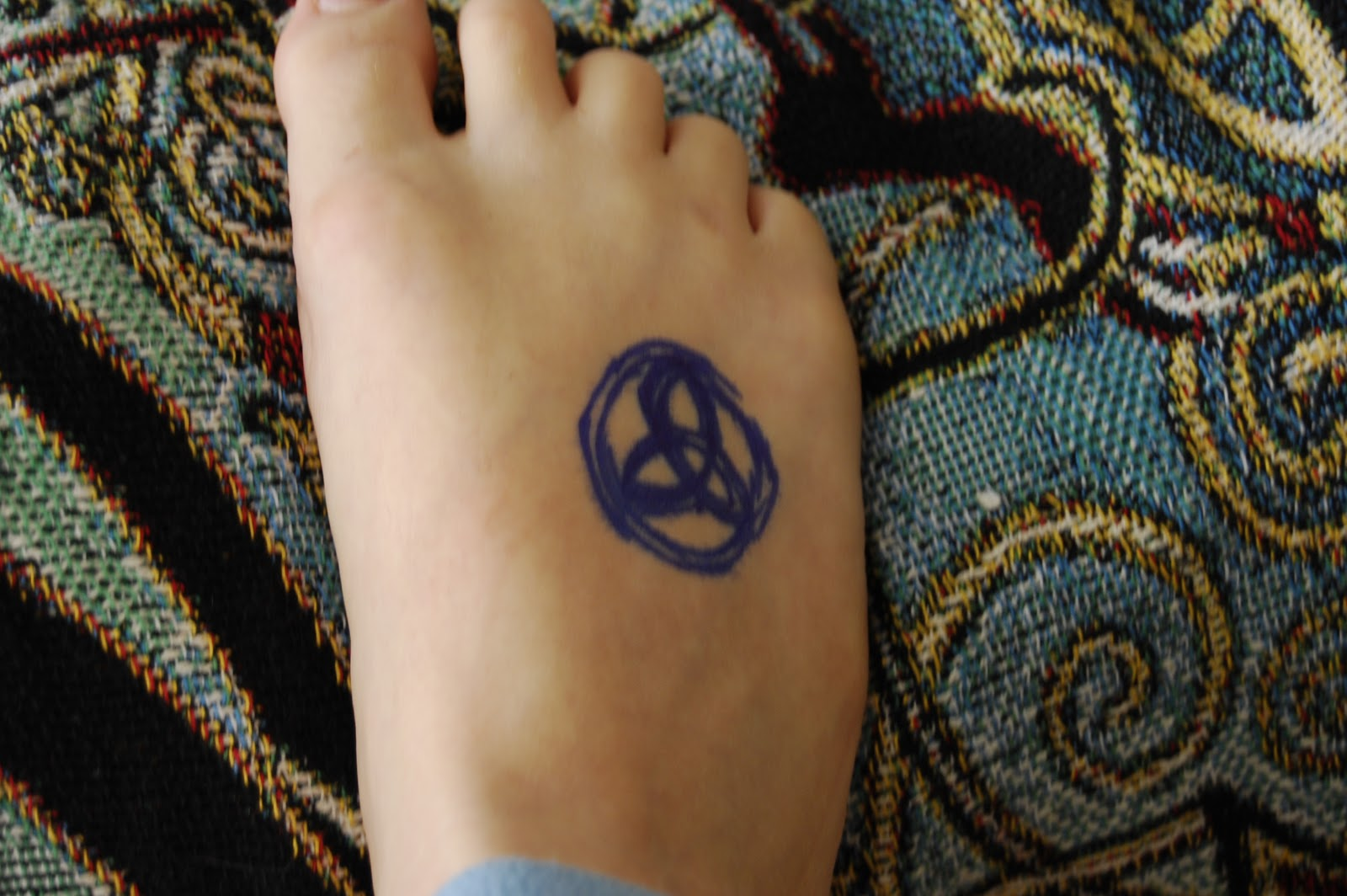 The ditzy druid artist trading cards and temporary foot tattoos