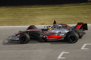 2008 Vodafone McLaren Mercedes MP4-23-2