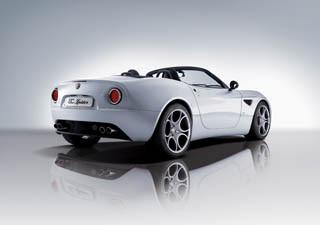 Alfa Romeo 8C Spider-2