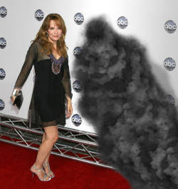Lea Thompson and the Smoke Monster