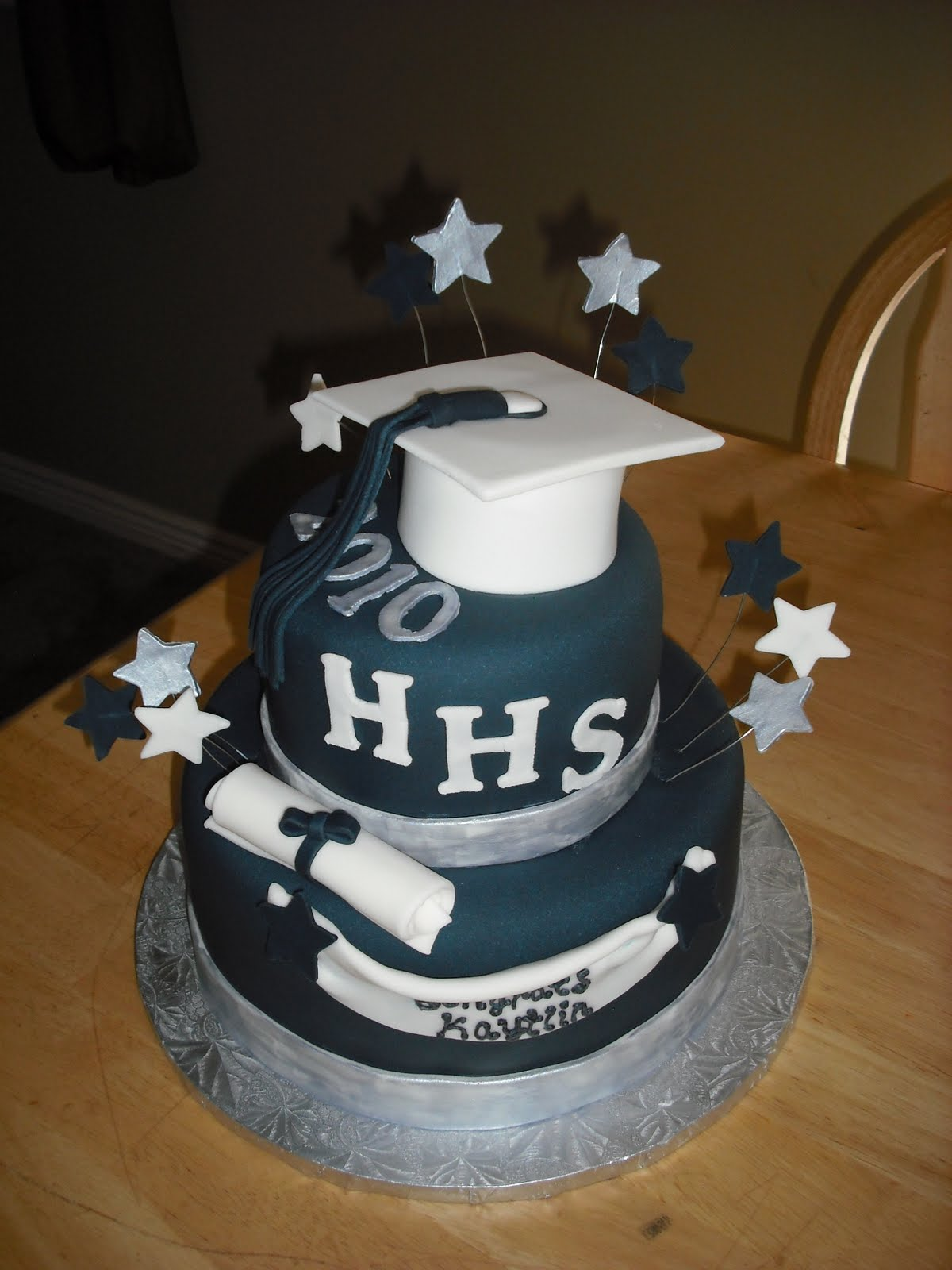 Graduation Taylor Cake