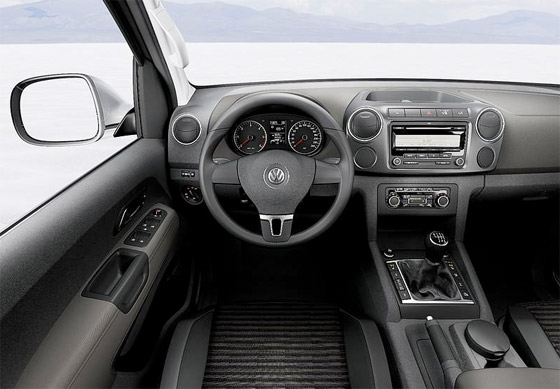 NEW Volkswagen Amarok interior