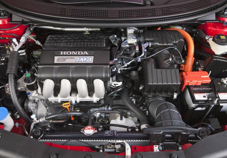 2011 Honda CR-Z engine
