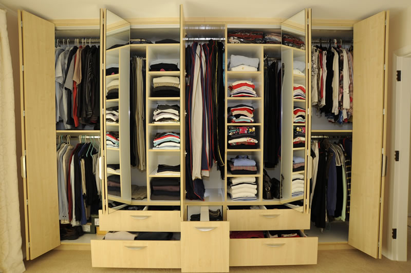 New Exclusive Home Design: Exclusive Custom Design Wardrobe