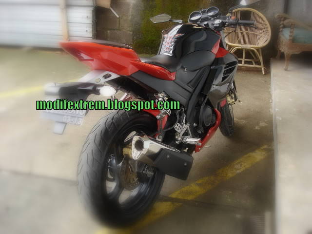 Yamaha V-ixion Sport Fighter modification
