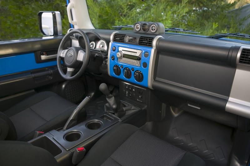 2010 New Toyota FJ Cruiser Interior