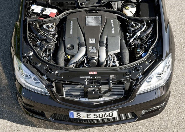 2011 Mercedes-Benz S63 AMG engine