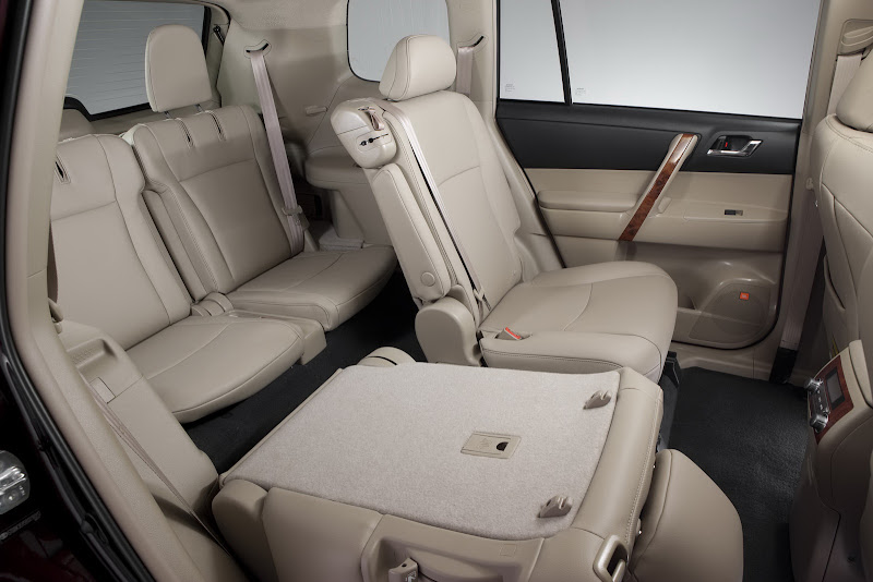2011 Toyota Highlander  Interior