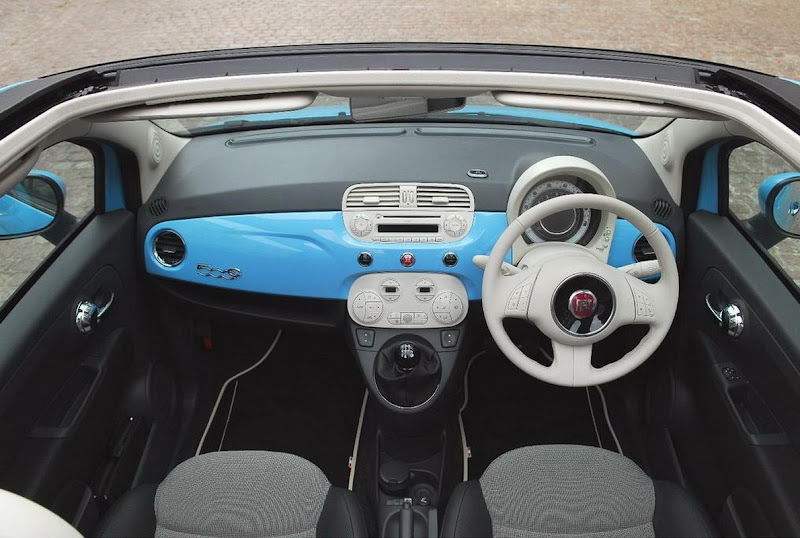 2010 Fiat 500 TwinAir Interior Review
