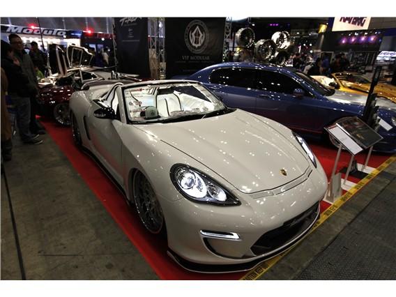 Nissan 370Z  Porsche Panamera Roadster