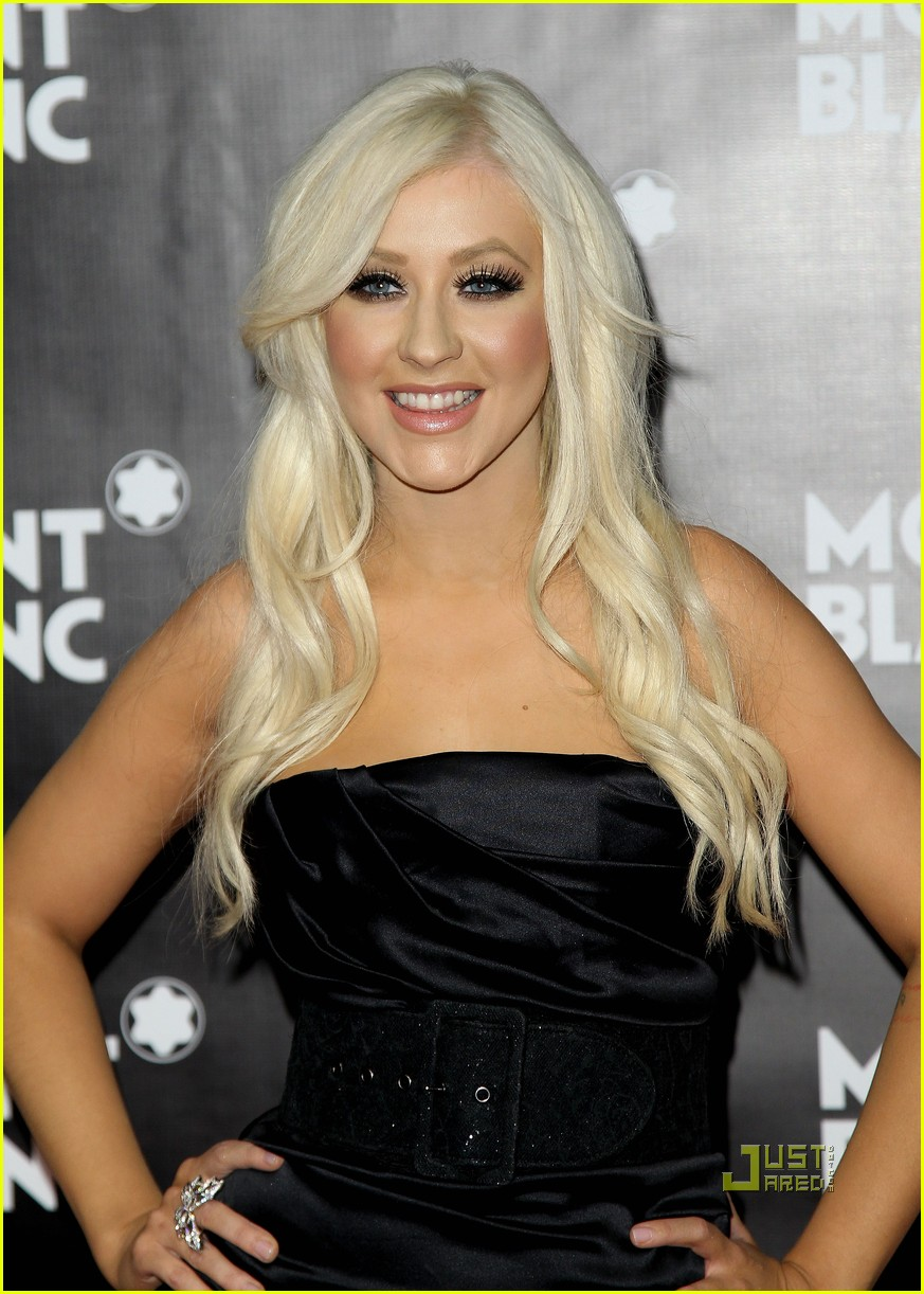 christina-aguilera-imagine-montblanc-05.jpg