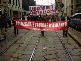 In corteo allo sciopero generale del sindacalismo di base