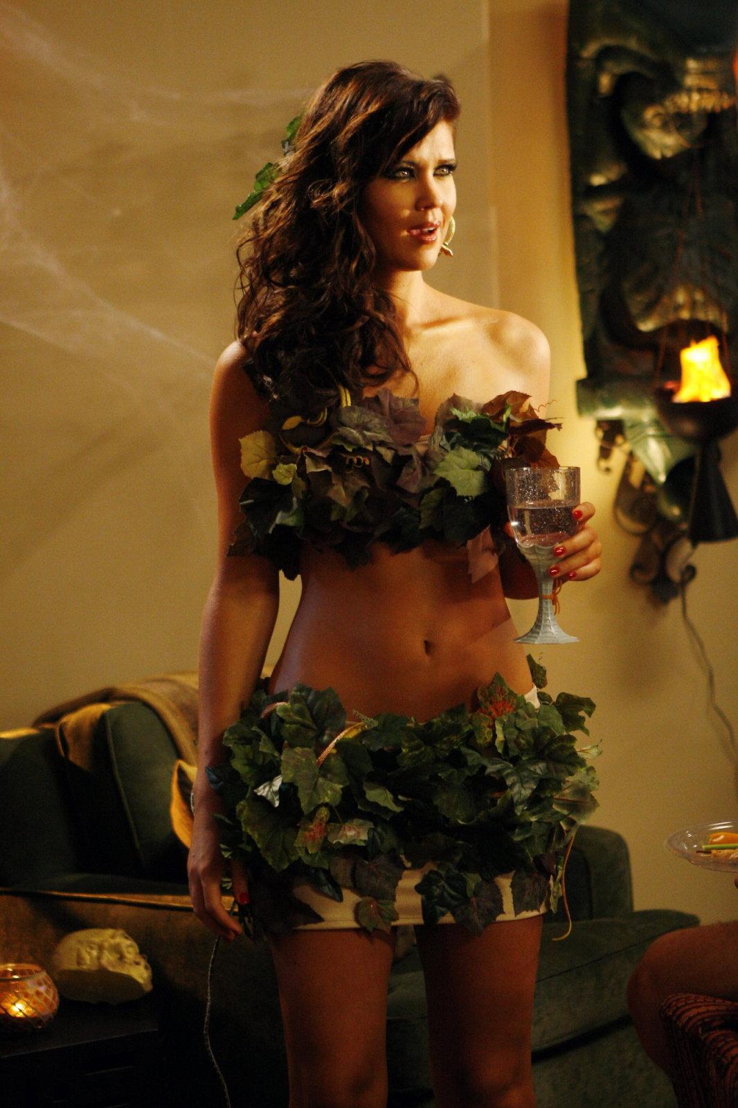 Sarah Lancaster Sexy 6