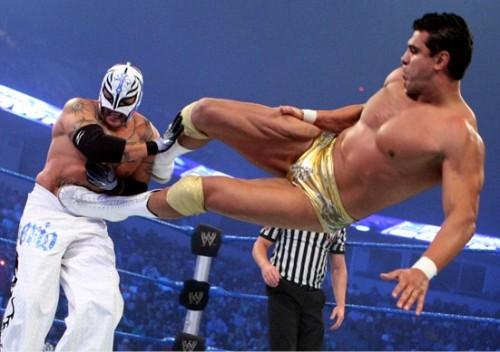 SHOW #73 ATTITUDE! - Página 2 WWE-Alberto-Del-Rio-vs_-Rey-Mysterio-500x352