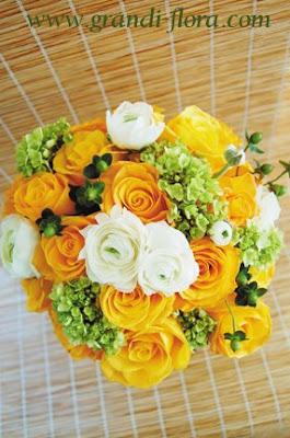 rose ranunculus bouquet