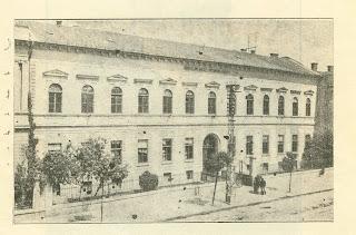 Primul edificiu