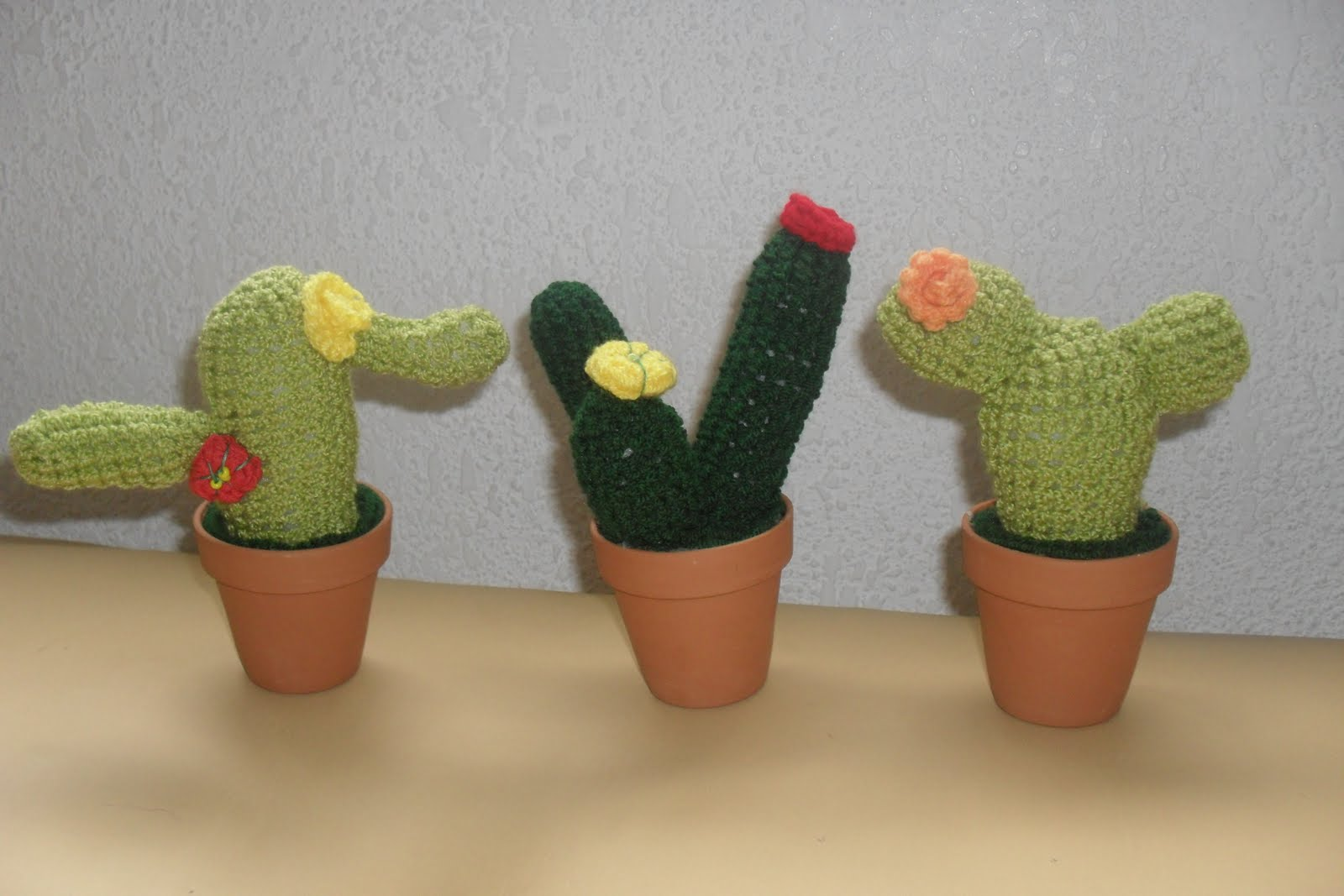 Amigurumi Cactus Tejido A Crochet Regalo Original : Amigurumi triangle ears kalulu for