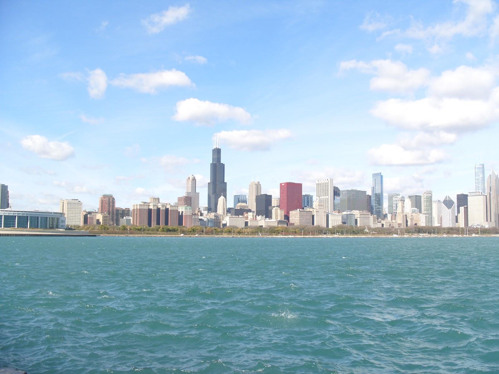 http://4.bp.blogspot.com/_1lDkgkbkQmA/TMIwk90hP9I/AAAAAAAAB3Q/IDGKpRaAJCU/s1600/Chicago+in+the+fall+2011+007.JPG