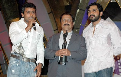 SURYA WITH HIS FATHER AND BROTHER KAARTHI
