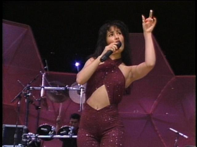 Life With Paris: Music Week Day #1 - Selena Quintanilla