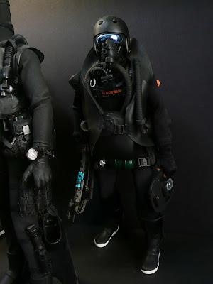 Toyhaven us navy seals - Navy seal dive gear ...