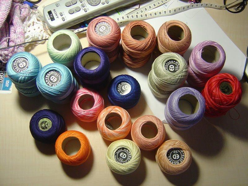 Нитки для вязания с кружевом