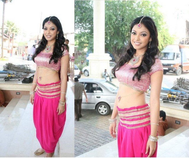Actress Tanushree Latest Stills wallpapers